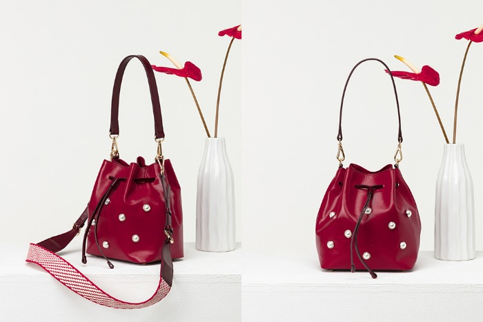 Pearl Bucket shoulder crossbody [cherry]